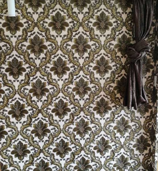 AY-30078 Cream & gold damask wallpapr