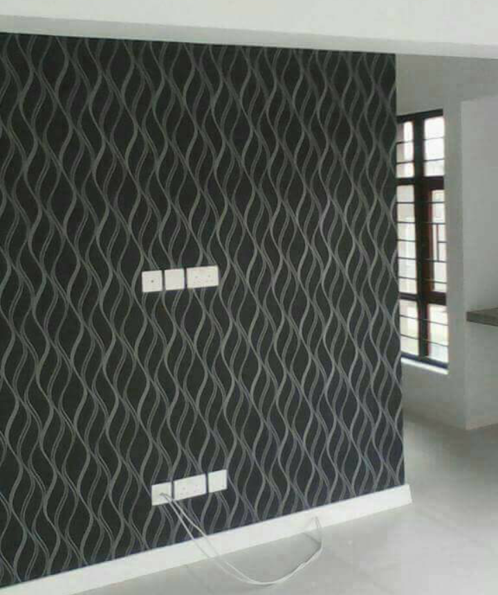 Black & Grey Striped Wallpaper