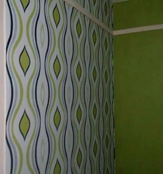 Blue & green stripes wallpaper