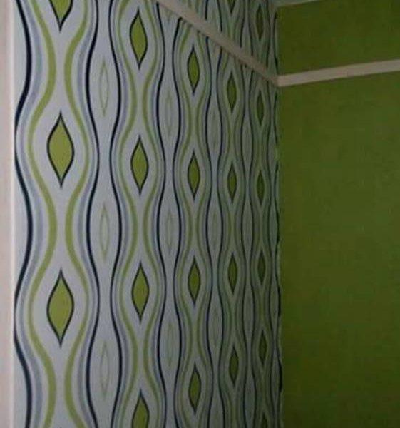 Blue & green stripes wallpaper